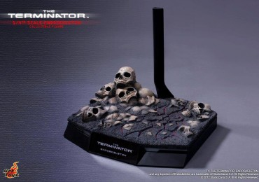 Hot Toys Terminator 1/4 Scale Endoskeleton