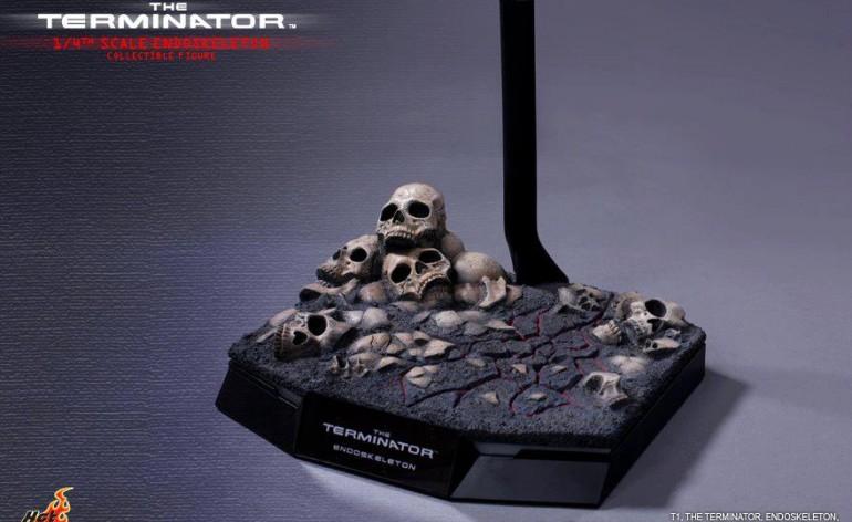 Hot Toys Terminator 1/4 Scale Endoskeleton