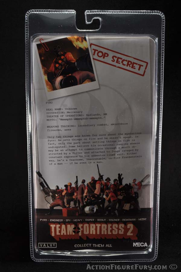 NECA Team Fortress 2 Pyro Figure packaging back
