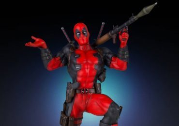 Gentle Giant Deadpool statue