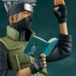 The Gecco Toys Kakashi Hatake posable statue, exclusive edition with book