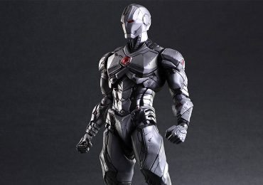 Square Enix Play Arts Kai Iron Man Action figures