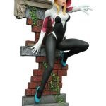 Diamond Select SDCC 2016 Exclusives - Spider-Gwen unmasked