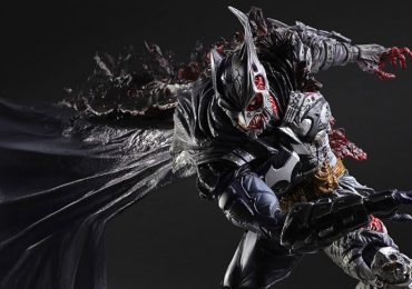 Square Enix Play Arts Kai Rogues Gallery Two-Face Batman Action Figure