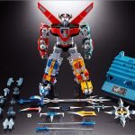 Tamashii Nations Soul of Chogokin Voltron action figure, with accessories