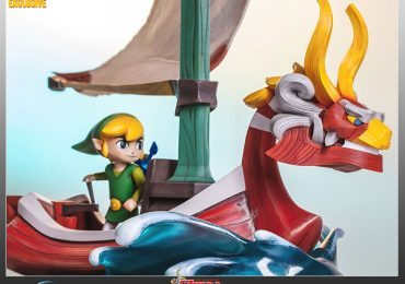 First 4 Figures Legend of Zelda Wind Waker Exclusive Link on King of Red Lions statue