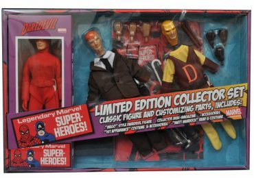 Diamond Select Toys August 2016 Releases - Daredevil Retro Gift set