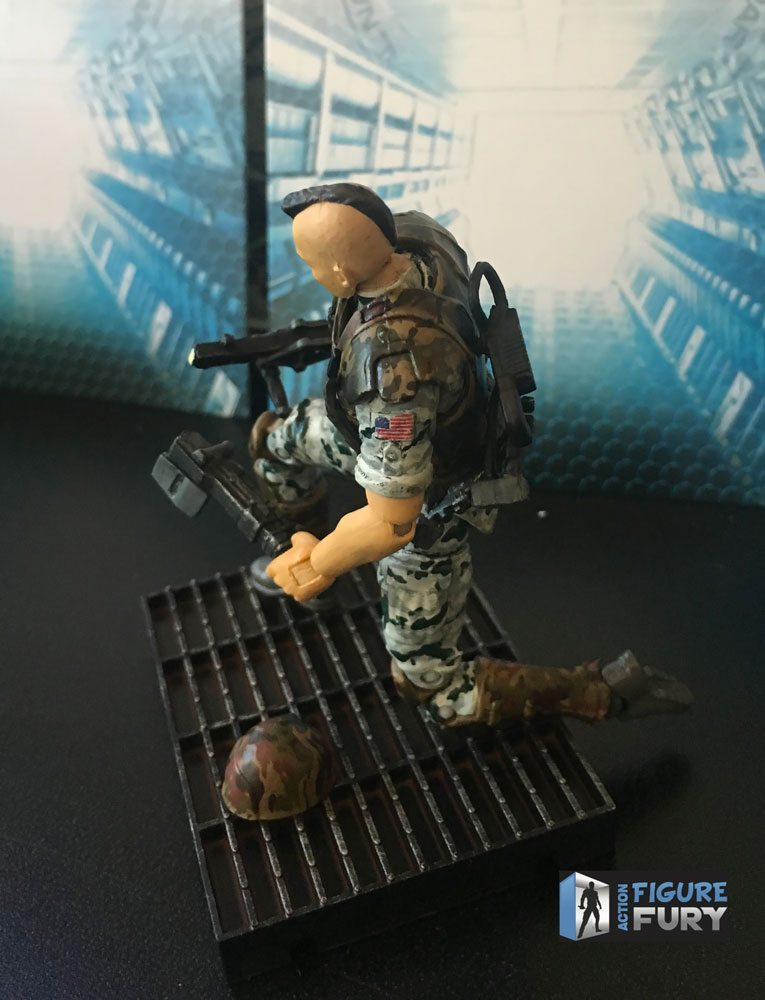 Hiya Toys Aliens Colonial Marines action figures, Quintero Kneeling