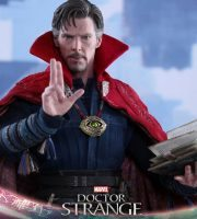 Hot Toys Doctor Strange action figure, spell book