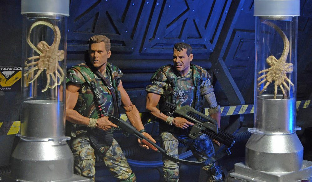 NECA Toys Aliens Action Figures Marines Hicks and Hudson 2 pack, worried faces