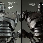 Sideshow Collectibles Iron Giant Maquette, articulation and light up eyes