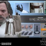 Hot Toys Sixth Scale Star Wars: The Force Awakens Luke Skywalker action figure, accessories