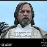 Hot Toys Sixth Scale Star Wars: The Force Awakens Luke Skywalker action figure, face