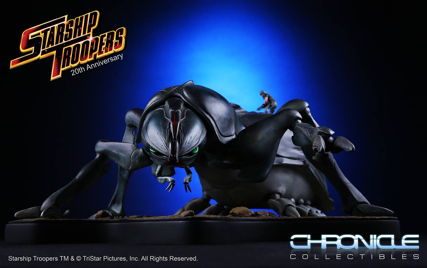 Chronicle Collectibles Starship Troopers Tanker Bug Maquette