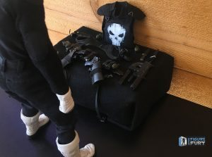 sideshow_collectibles_sixth_scale_punisher_action_figure_019