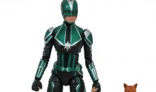 Diamond Select Toys Captain Marvel Figure