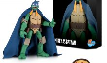 DC Collectibles SDCC Batman vs Teenage Mutant Turtles Mikey as Batman SDCC Exclusive